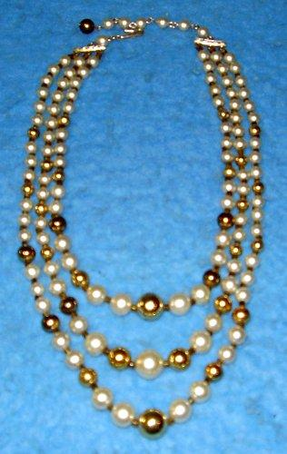 Necklace - Pearl, White and Gold