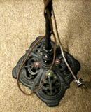 Floor Lamp/Twisted Metal W/Fancy Base