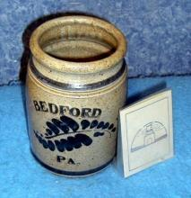 Bedford blue crock  B3313