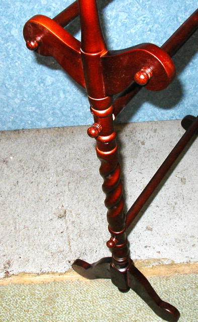 Solid Mahogany Twisted Quilt Rack