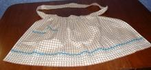 B3641  Vintage  Antique  Apron Brown & White Checked