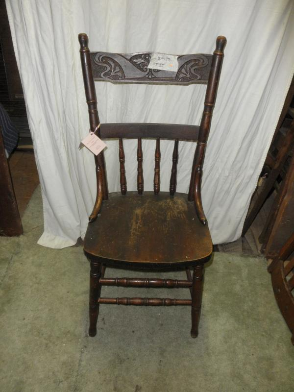 B4487  Vintage/Antique Pressed Back Chair Oak