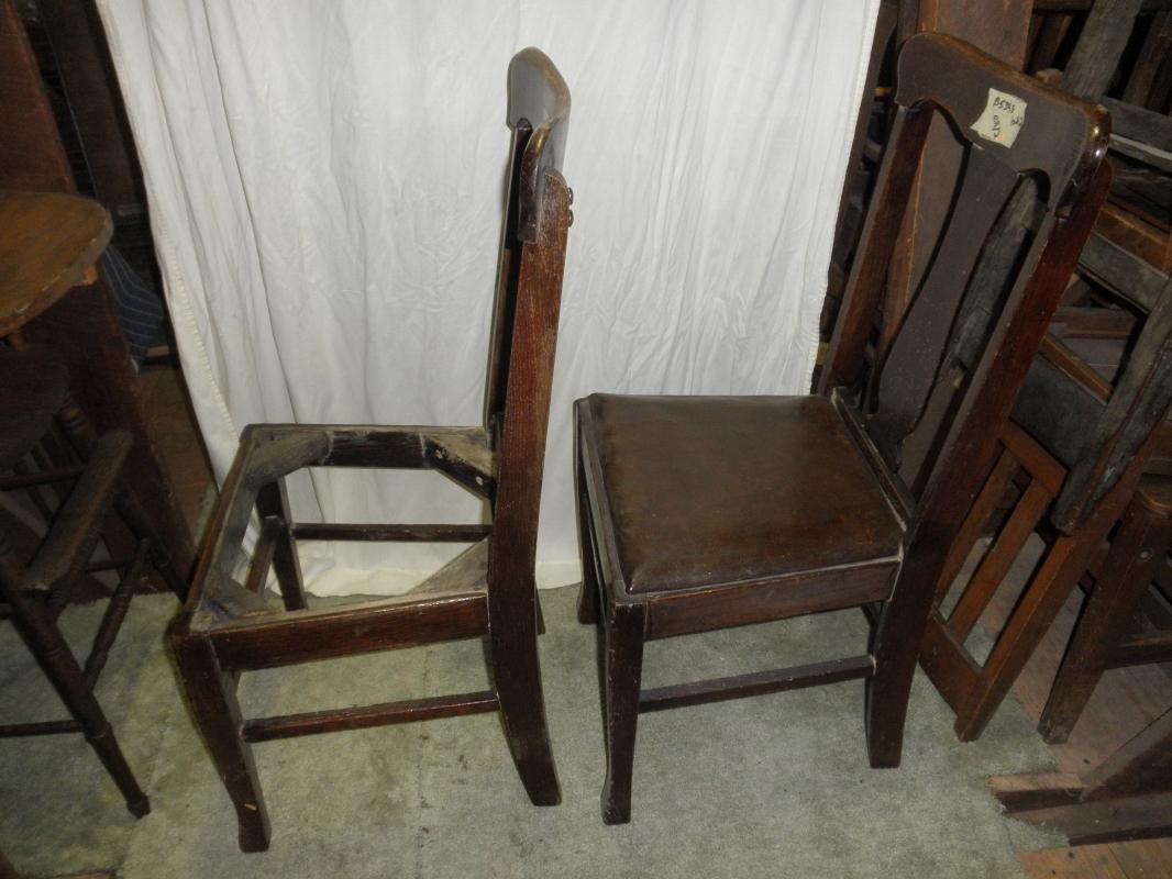 B5398  Vintage/Antique Set of (2) T Back Chairs Original