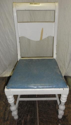 B5014  Vintage/Antique Chair with rounded back