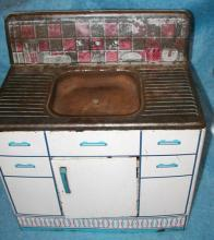 Child's Metal Play Sink B1787