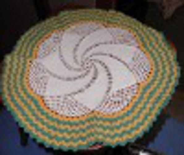 Doily - Crochet - With Green Trim - Round B4534