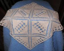 Doily - Square - Crochet - Ecru B4688