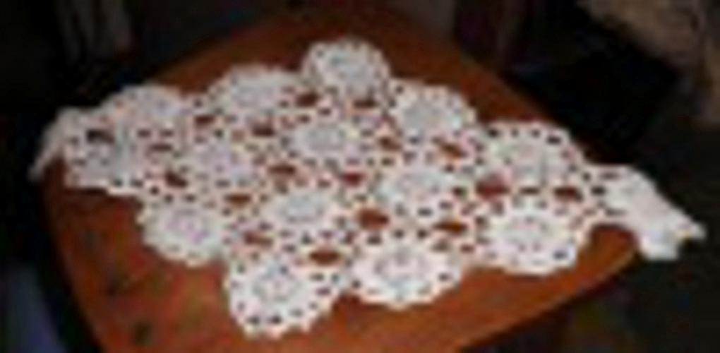 Doily - White - Oblong B4527
