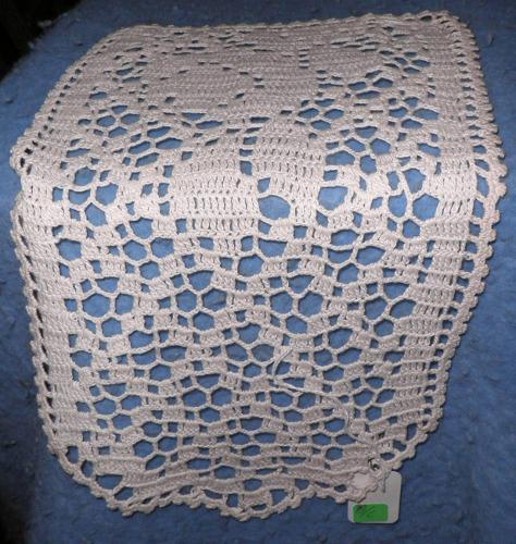 Doily, Vanity Rectangle, Crochet Rose Design B4697