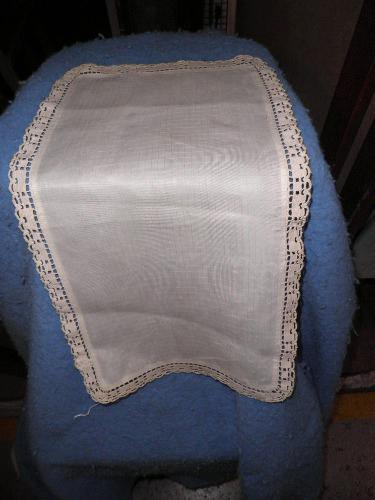 Dresser Scarf - Crochet Edge - Small Rectangle B4685