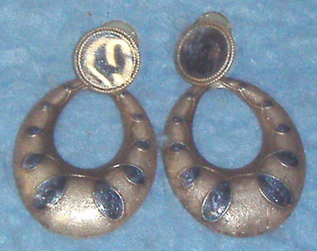 Earrings - Silver B3619