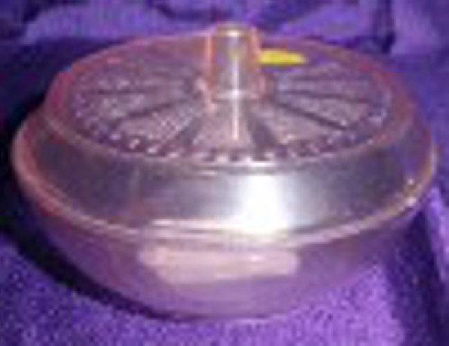 Jar, Small Pink Plastic Jar with Lid B4544