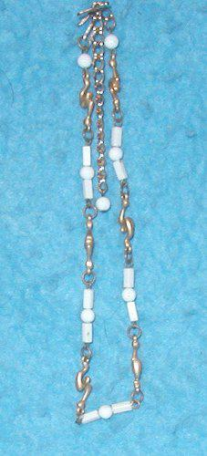Necklace - White with Gold B3146