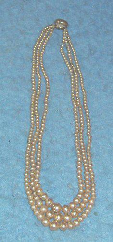 Pearl Necklace B4218
