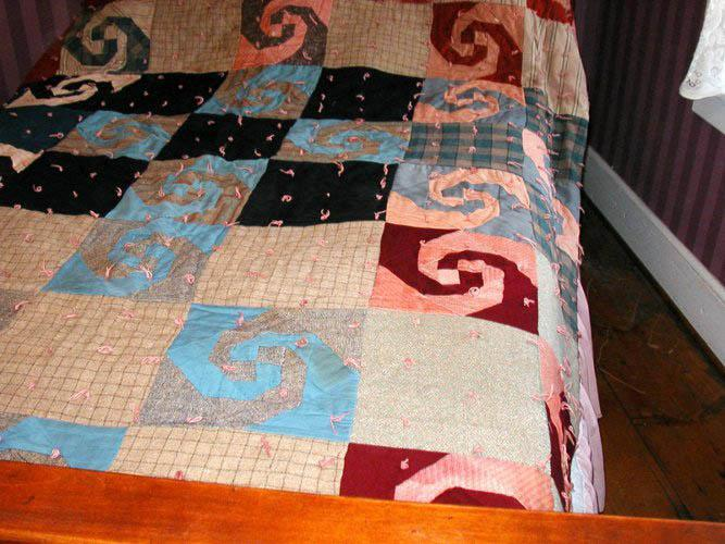 Quilt - Knotted Hap B150