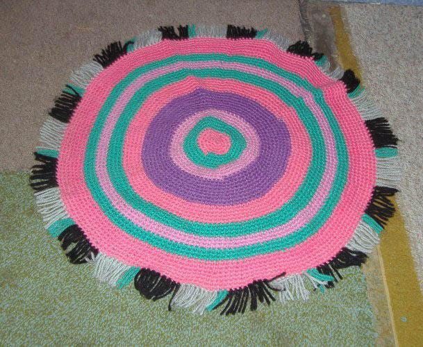 Rug, Crocheted B4229