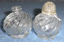 Salt and Pepper Set -- Swirl design B3667