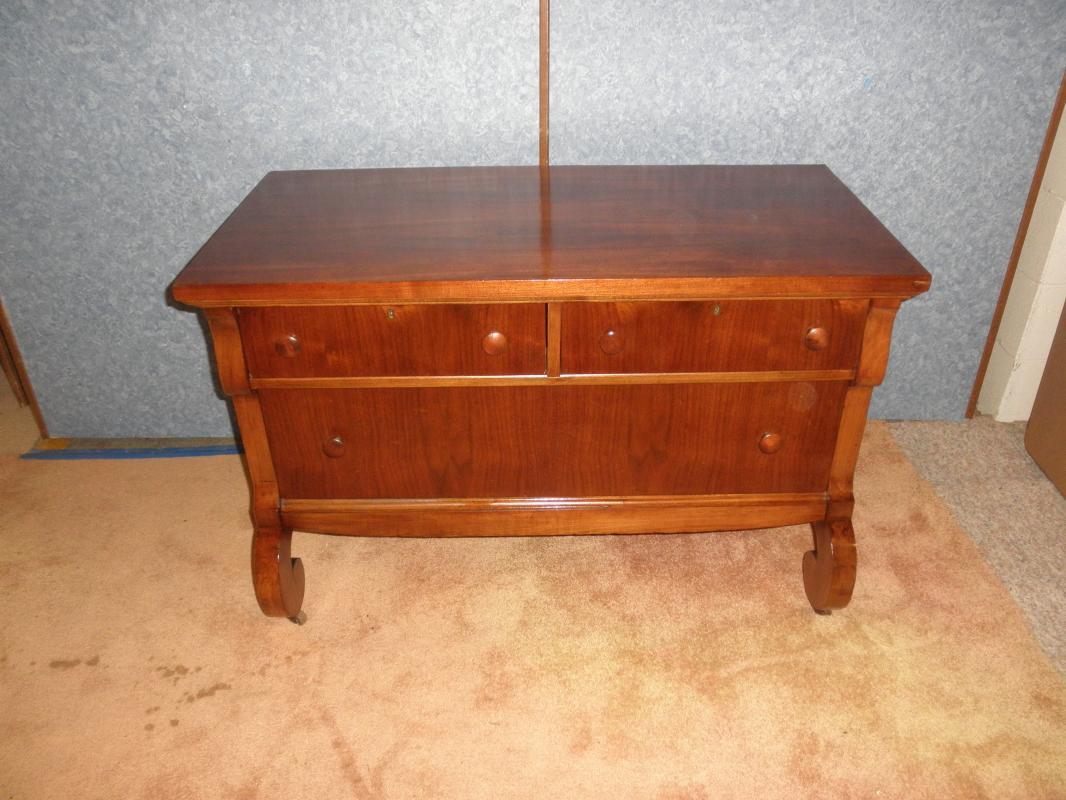 B5391 Vintage/Antique Empire Dresser Base