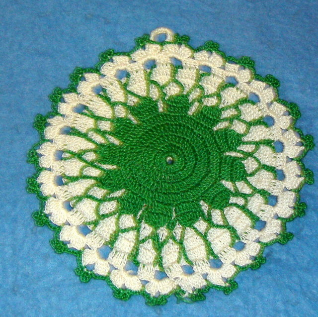 Potholder - Round Green & White