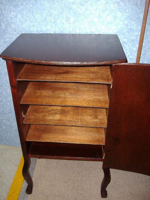 Record Stand - Mahogany Wood