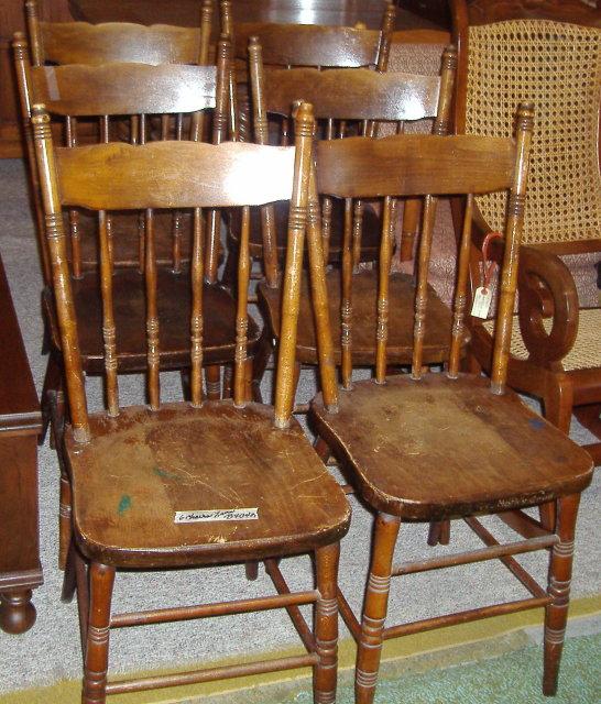 Chairs - Set of 6 Bleeding Heart Pattern