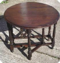 Antique country GatelegTable in solid English Oak