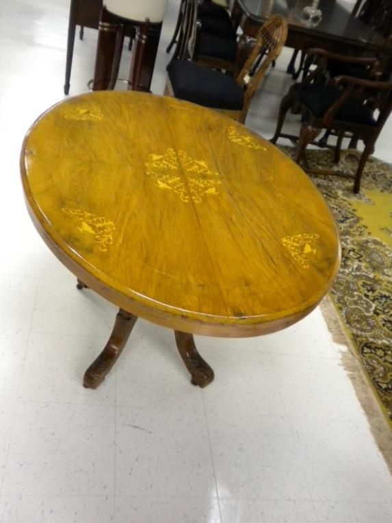 Superb 19th C. English Edwardian oval marquetry table