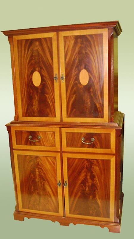 SUPERB Quality inlaid mahog. entertainment cabinet