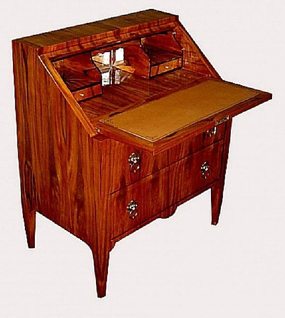 SUPERB Quality Italian Lombardy style slant desk