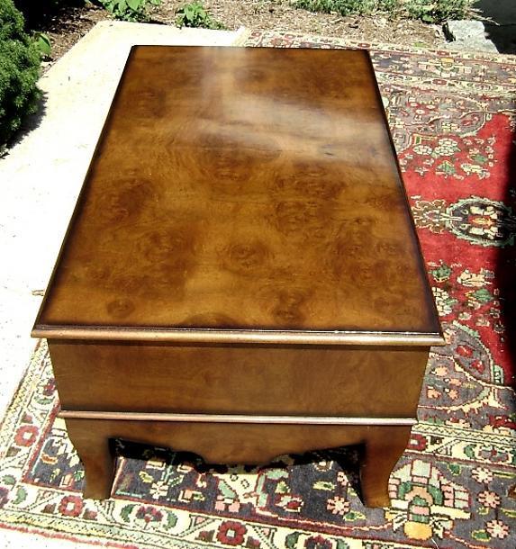 Large and elegant Edwardian coffee table