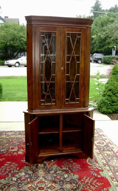 Classic 2 Door solid Mahogany corner cabinet