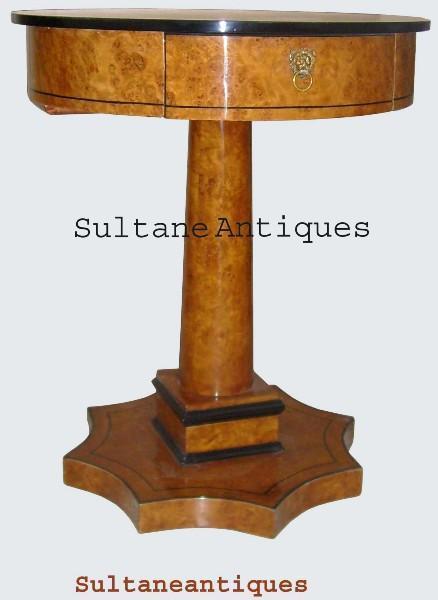 QUALITY Biedermeier  Round shaped Side Table