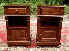 Finest Pair walnut Biedermeier style commodes