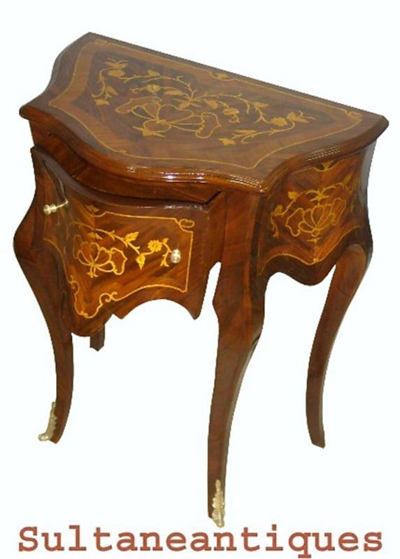Aristocratic  large Louis XV style marquetry side table