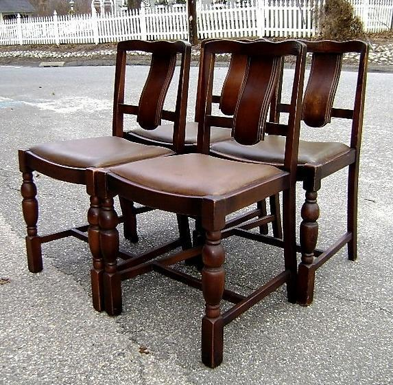 Unusual 1910's  set of 4 country Oak chairs