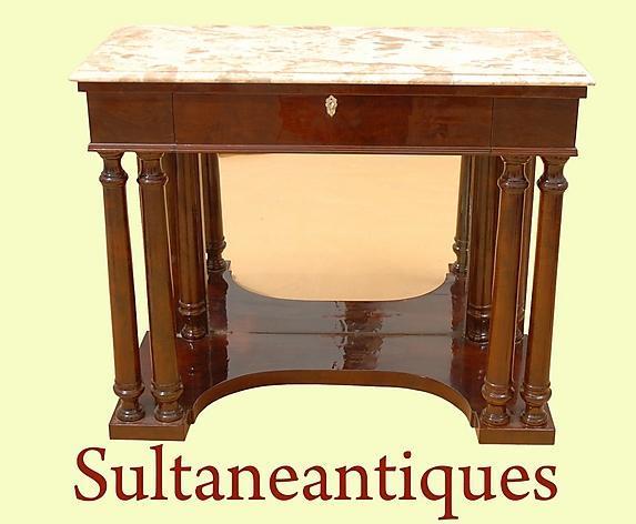 Elegant Biedermeier style Walnut and Brescia console