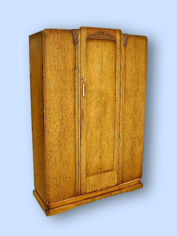 QUALITY Antique English blonde oak gothic armoire