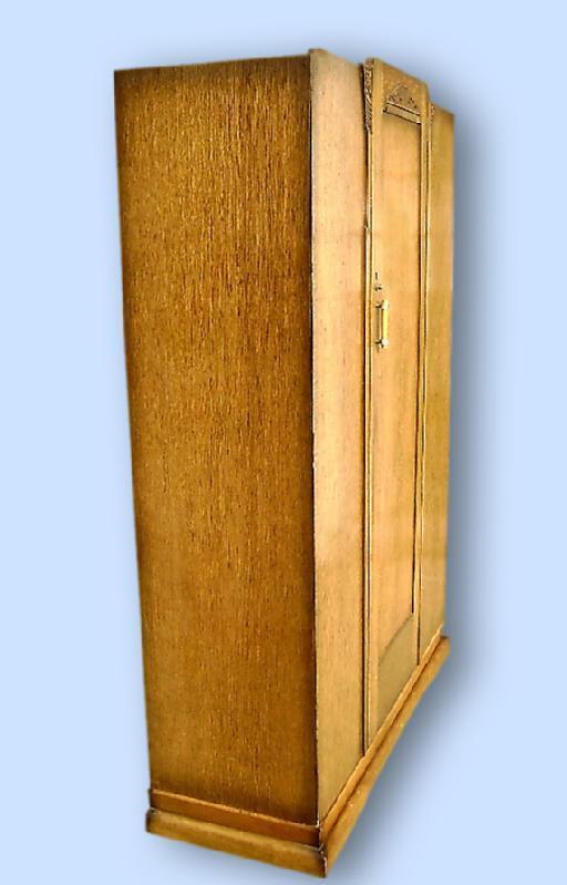QUALITY Antique English blonde oak gothic armoire