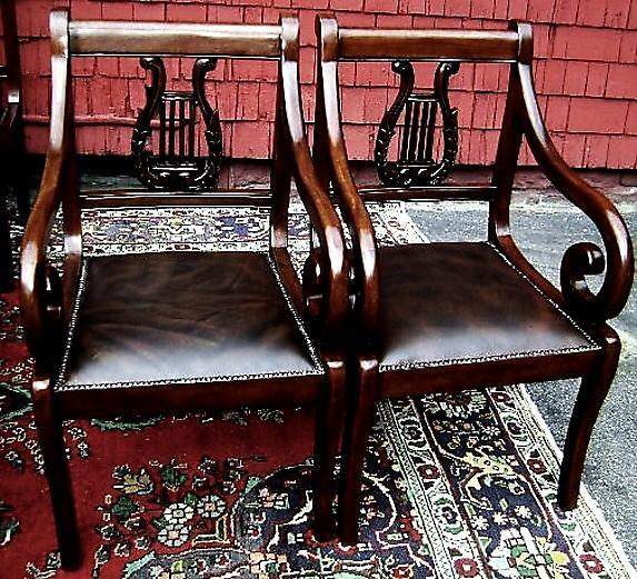 9 pieces Dining SET chippendale style Mahogany