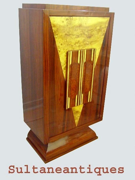 Absolutely fantastic!! Art Deco style BAR MINT.