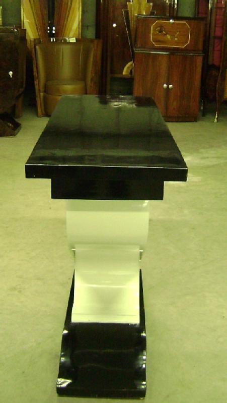 Pure Art Deco inspired Vitrine console