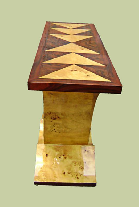 Perfectly classy geometric lines Art Deco style console