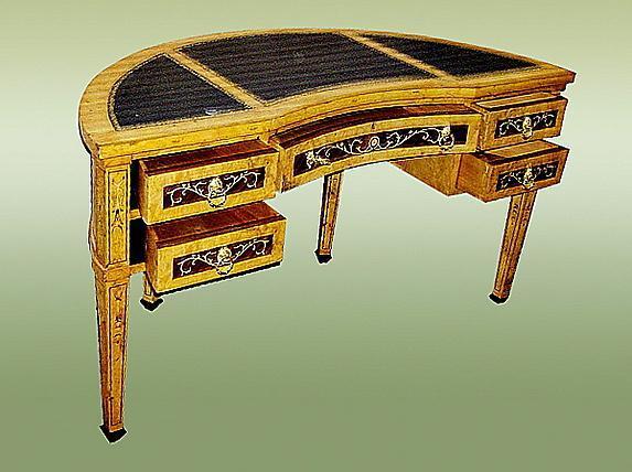 Fine Marquetry Italian 17th C. Style Florentine Desk