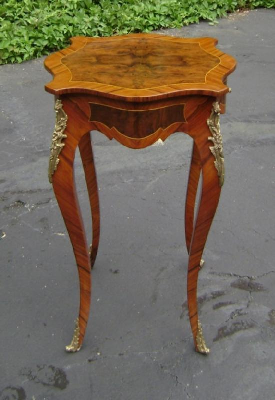 Elegant ornate French Louis XV style side table