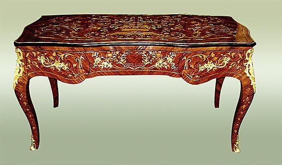 Fantastic Louis XV style desk tulip wood and Bronze.