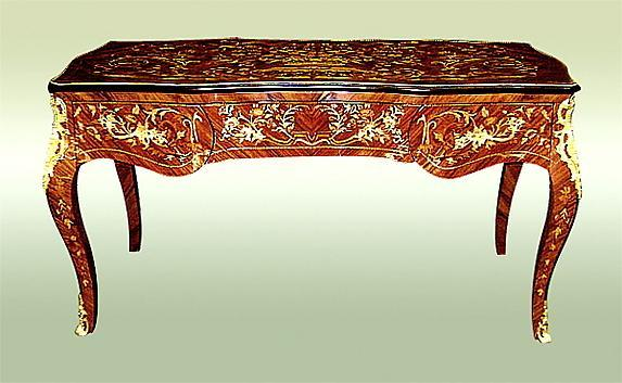 Fantastic Louis XV style desk tulip wood and Bronze.