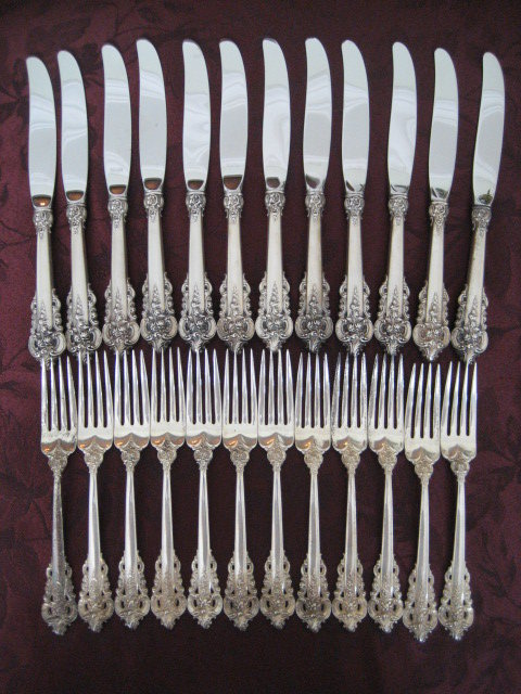 Wallace Grande Baroque Sterling Silver Flatware Dinner Set 90 Pieces