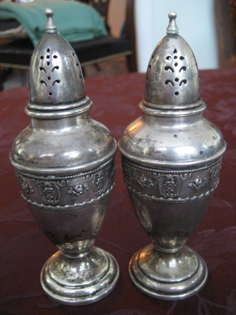Wallace Grande Baroque Pair Sterling Silver Salt and Pepper Shakers