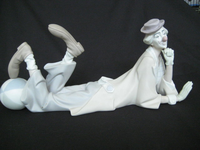 Retired Lladro Porcleain Figurine