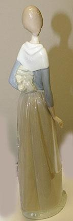 Lladro - Girl with Wheat